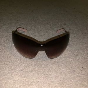 Juicy Couture sunglasses used